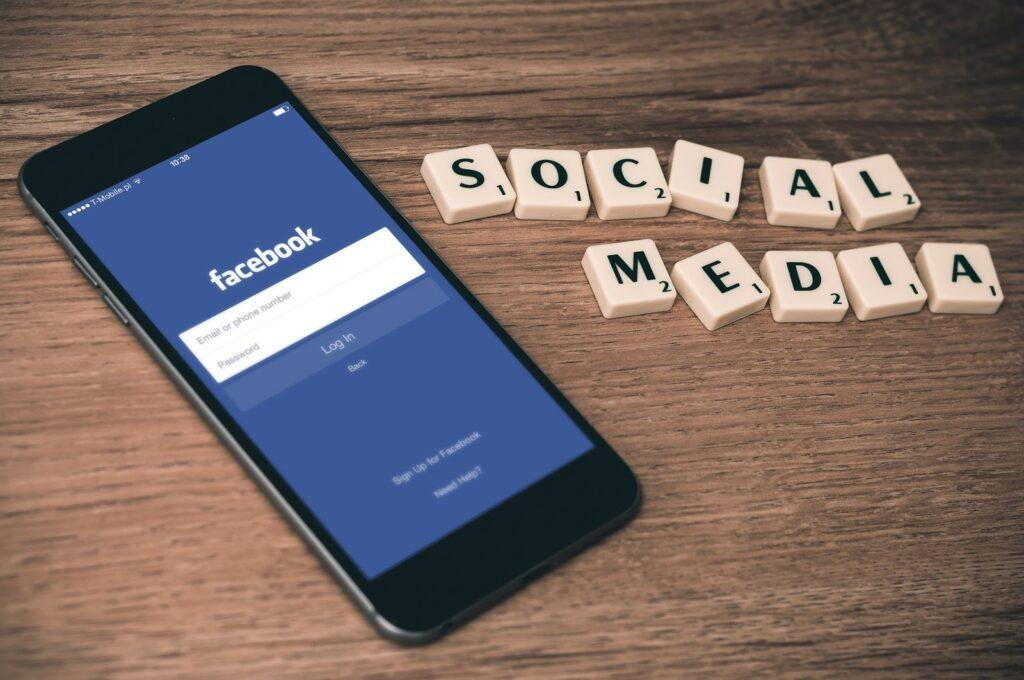 Social Media Content Ideas to Attract More Followers